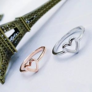 Jewelry - Silver Heart Shape Ring